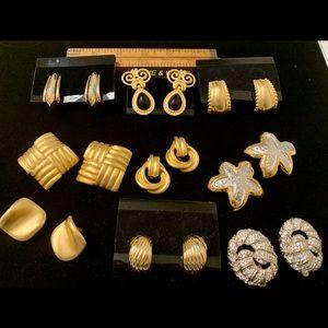 9 Chunky vintage clip on earrings goldtone 1980's